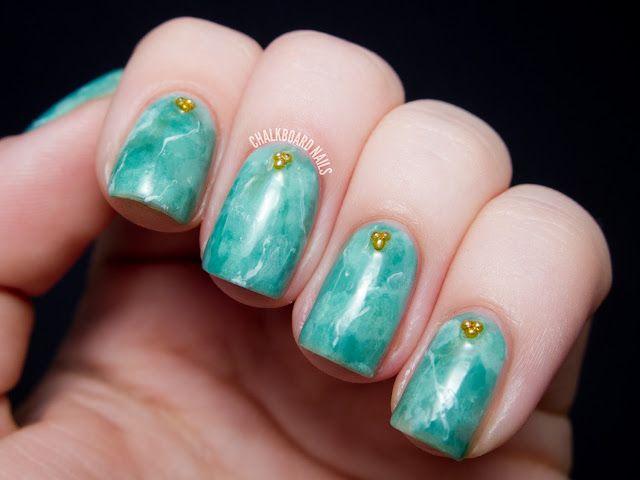 31DC2013 Day 04: Green Jade Nails | Chalkboard Nails | Bloglovin\'