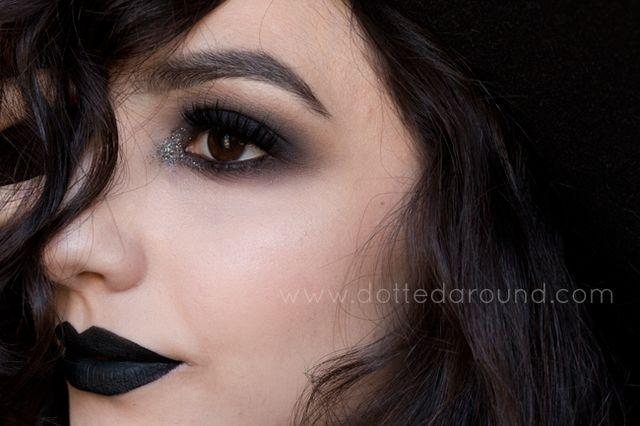 Black sparkles and Halloween  07888a09ab0a