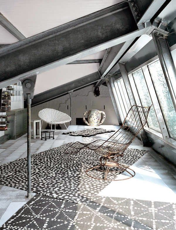 The industrial home of paola navone in milano for Industrial designer milano