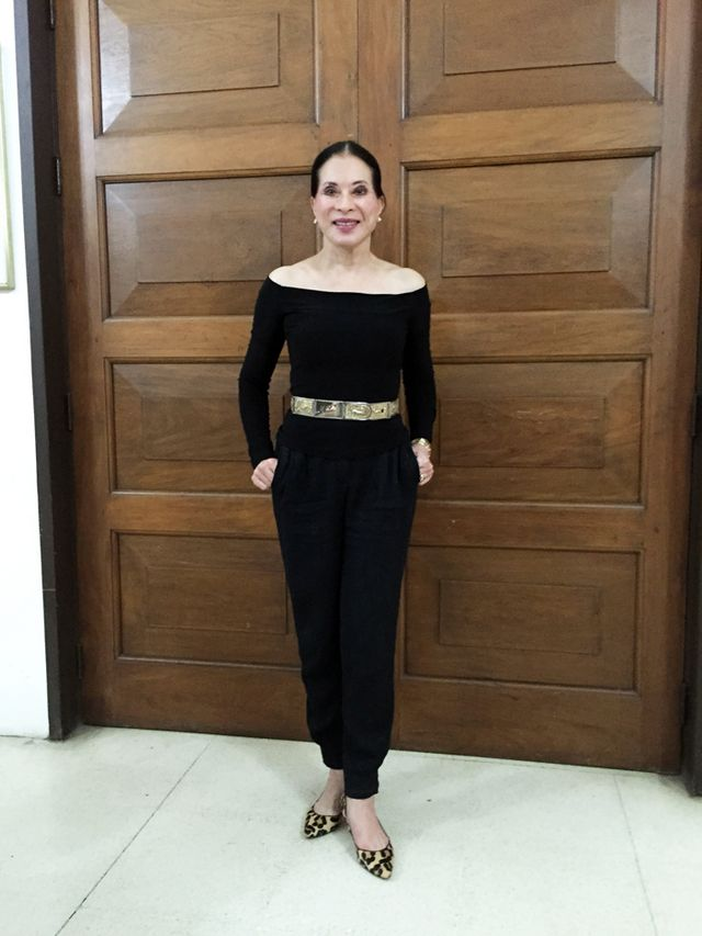 Simple but so elegant. Couldn't stop staring at her belt. Hehe. Life peg.  :) We were greeted by her staff when we arrived and then by Ms. ...