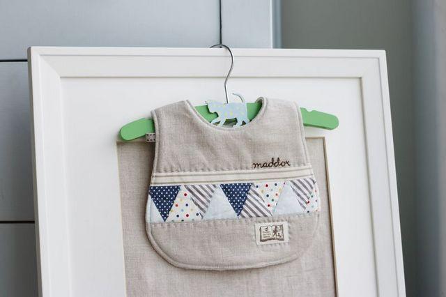 The Classic Pretty Little Baby Bib Pattern Diy