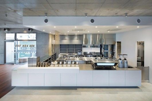 Blue Bottle Coffee AOYAMA Cafe / Schemata Architects | Arch Daily ...