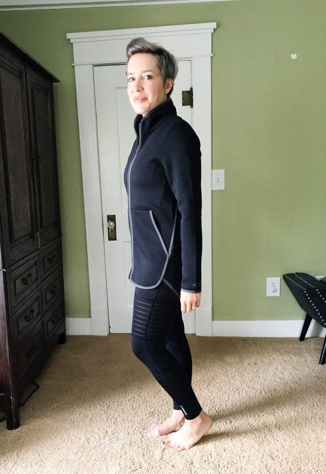 823daea21 Nordstrom Sale: The Best Activewear #dressingroomselfies | The Mom ...