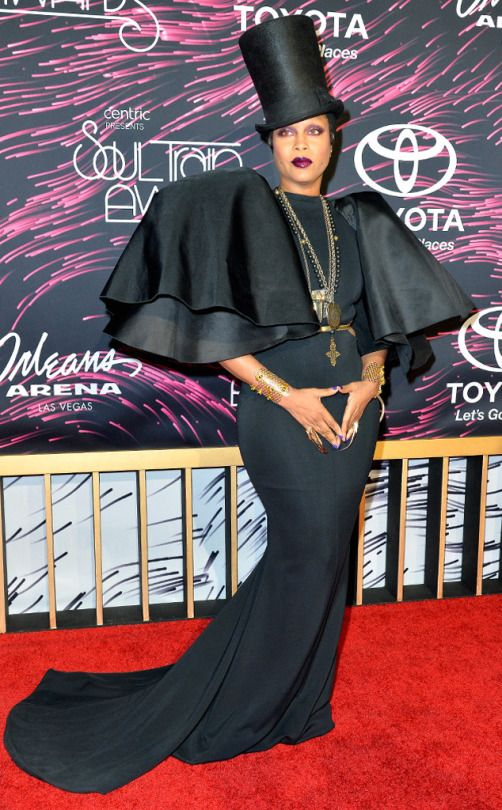 42ee5ba126d Erykah Badu hosted the festivities and took her job seriously! She went  bold in a black gown with dramatic sleeves