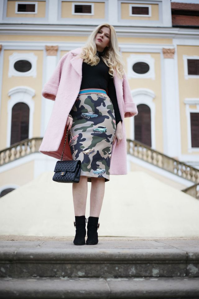 Outfit  Camo Print PINKO Skirt  6a056782f2
