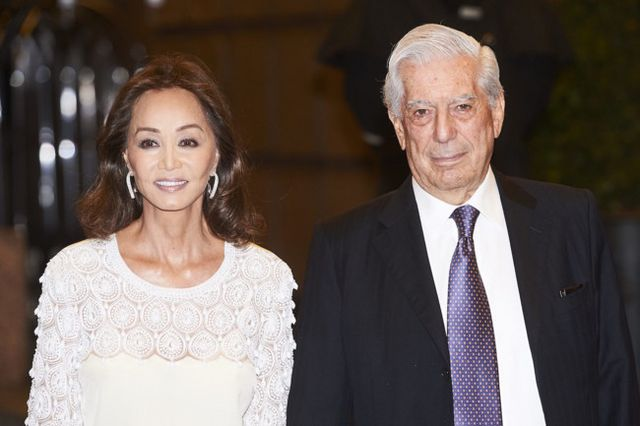 625b95878b Isabel Preysler vuelve a brillar en la fiesta de cumpleaños de su novio  Mario Vargas Llosa