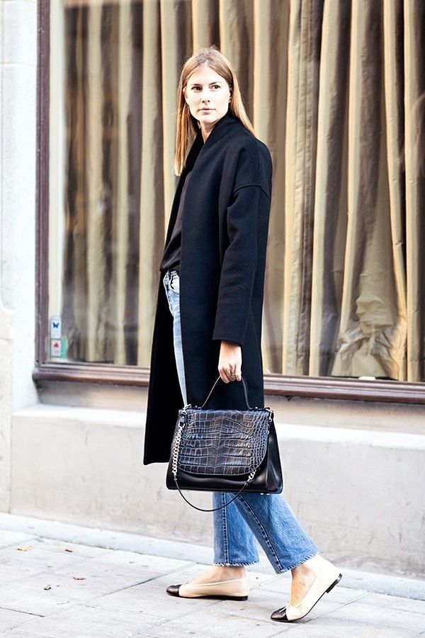 Street Style A Classic Take On Chanel Cap Toe Flats Le