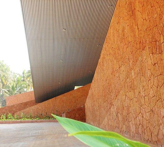 Valpoi Busstand and Community Hall / Rahul Deshpande and