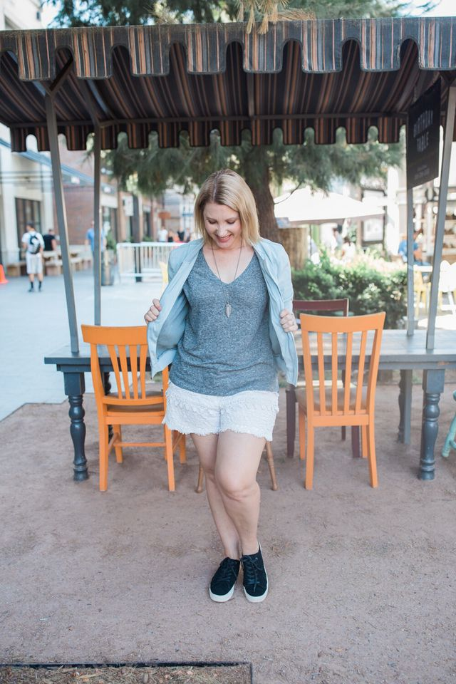 3e52bf97fda8 What are your favorite tips for styling fall shorts !  The post Fall Shorts  for a Pear Shaped Body appeared first on Lipgloss and Crayons.