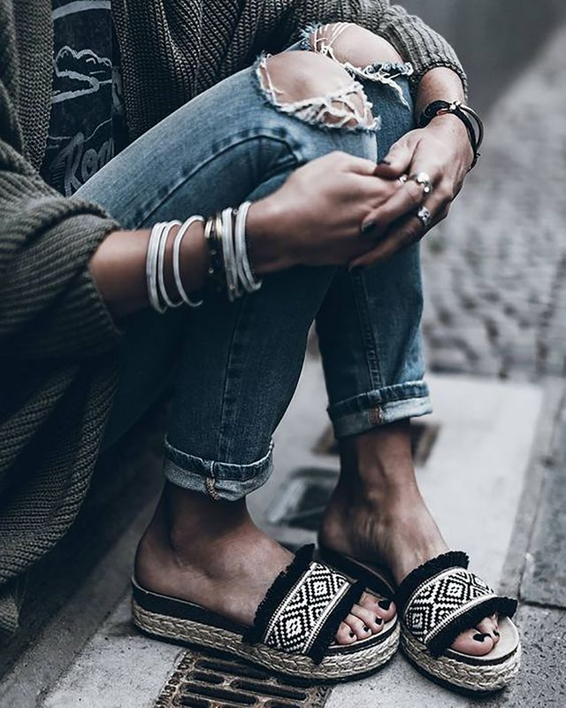 Trend Report: Slides For Summer | The Daily Dose | Bloglovin\'
