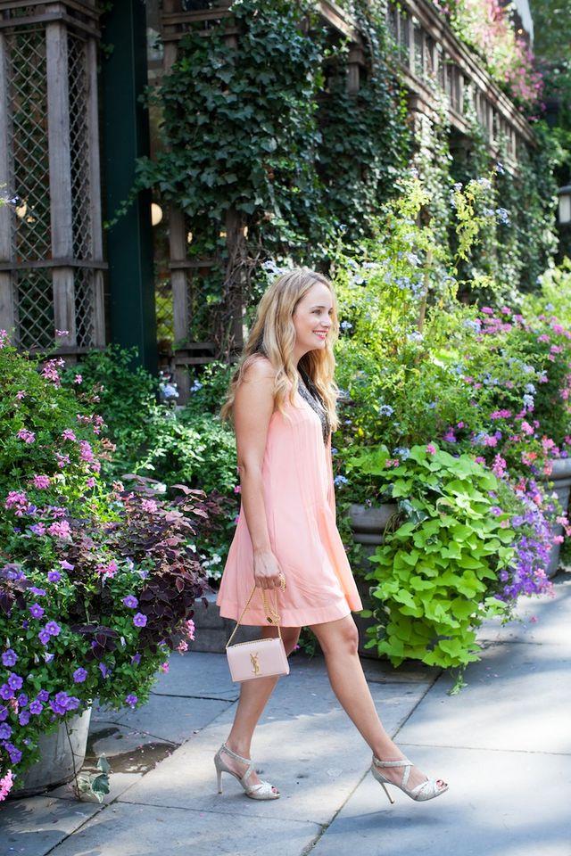 633bdb600f Club Monaco Melynda Dress. | The Stripe | Bloglovin'