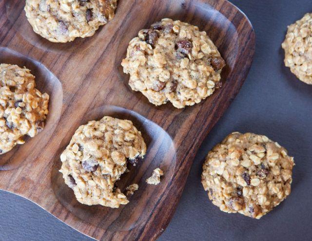 Biscotti con fiocchi d\'avena e banana | Un\'americana in cucina ...
