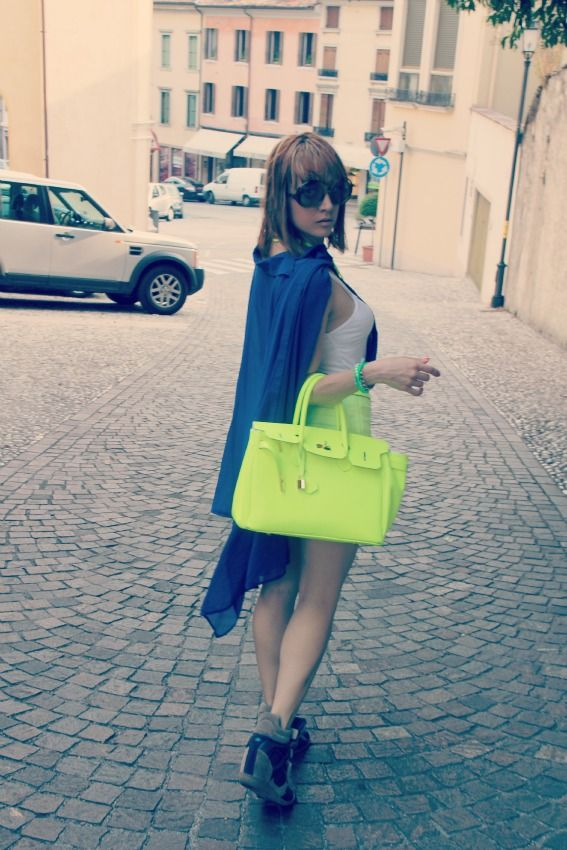 lemarè wedge sneakers and neon shorts | the chili cool | bloglovin' - Tavolo Extra Lunga Estensione