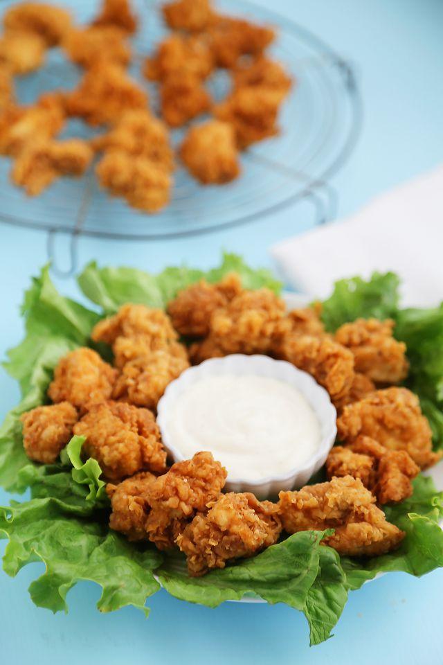 Crispy Buttermilk Popcorn Chicken | The Comfort Kitchen | Bloglovin'