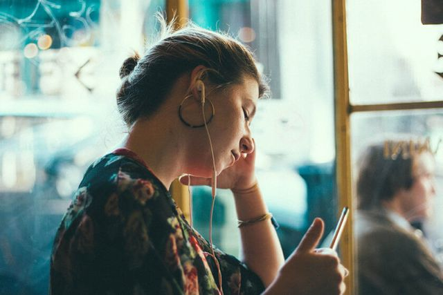 29ec3214c6 5 (travel) podcasts we love right now