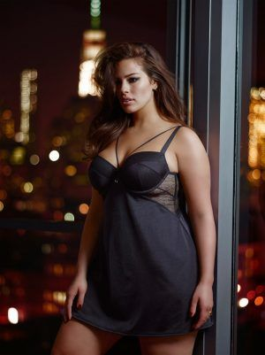 2b636d617 Ashley Graham Seduces in Her Addition Elle Collaboration