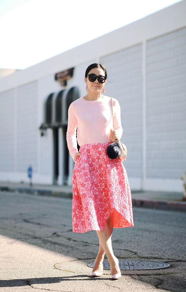 9adab0a608f7 Spring Style  Knit Top   Floral Midi Skirt