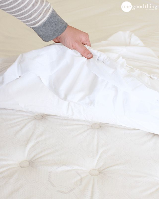 how to clean a mattress quickly and easily one good thing by jillee bloglovin. Black Bedroom Furniture Sets. Home Design Ideas