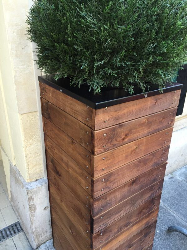 Vive la france build a tall wooden planter Paris building supply paris tn