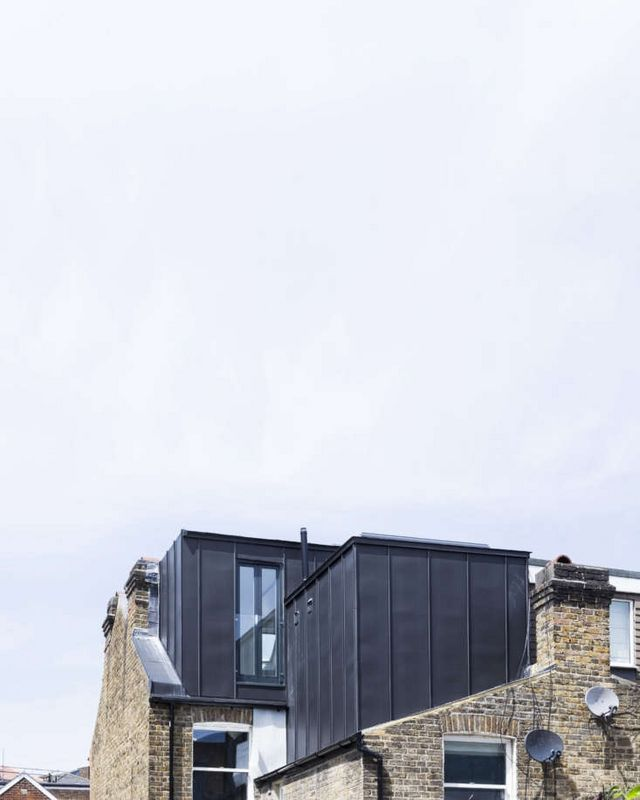 Under the Eaves: A Brick House Reinvention in South London by Simon ...