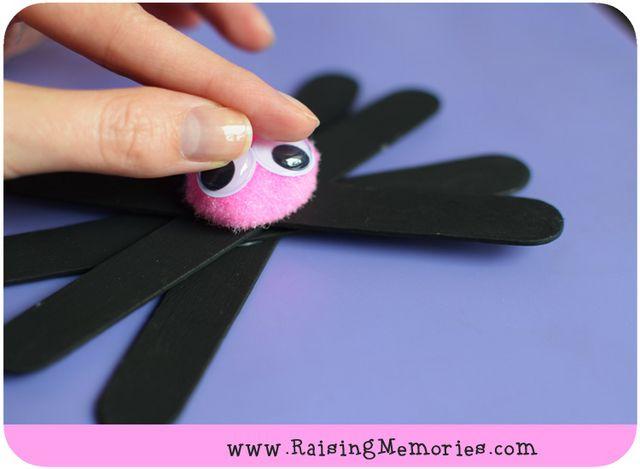 Popsicle Stick PomPom Spider Craft | Raising Memories