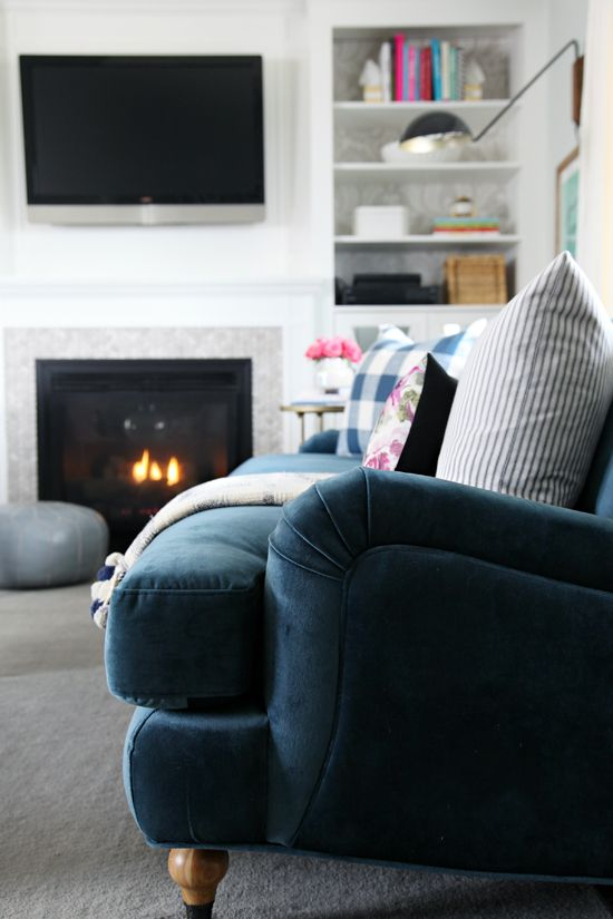 A Living Room Update Our New Sofa And A Giveaway Iheart Organizing Bloglovin