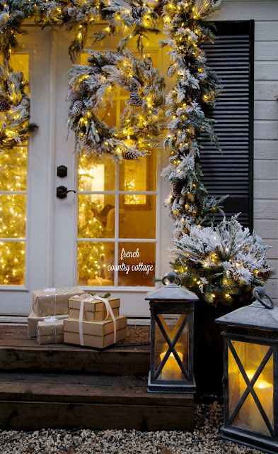 Merry Amp Bright Christmas Outdoors French Country Cottage