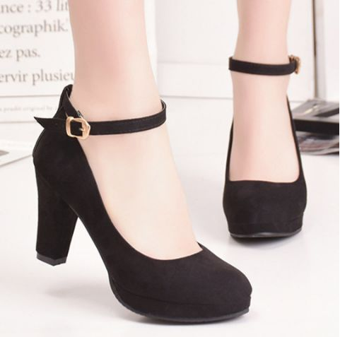 160daf92c7903 Women s Pumps The last year I was looking some cute pumps like these but I  was so busy with College that everything was the next month I am going to  buy ...