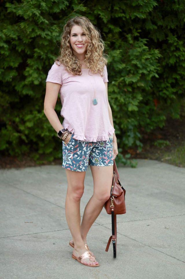 26cb9d76d0141 Pink Ruffle Hem Top   Floral Shorts