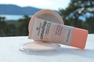Review Essence Camouflage 2 In 1 Make Up Concealer And 2 In 1