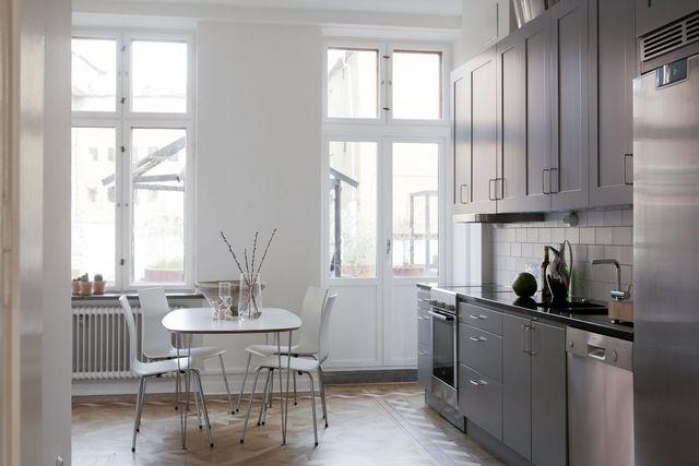 Spectacular malm apartment interior design attractor for Interior design 08003