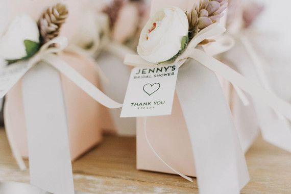 5 bridal shower planning tips + an all-white olive branch