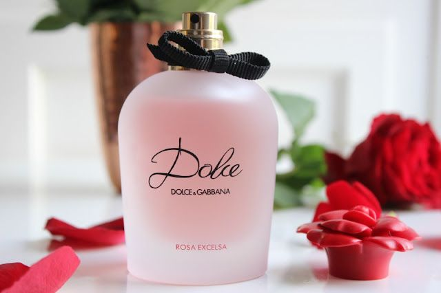 4330025d Now for the actual fragrance, as you have most likely guessed Dolce and  Gabbana, Dolce Rosa Excelsa Eau de Parfum does of course feature more than  a hint of ...