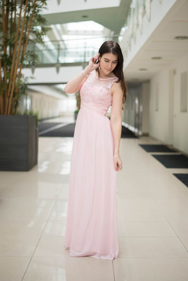 e7dd6c21 I'm pretty much in love with this pink flower maxi dress. I'm wearing the  size 8 which fits perfectly and is extremely comfortable.