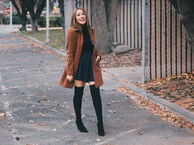 78ee15b27 Fall Outfit - Mini Skirt and Over the knee Boots | ANDYSTYLE ...