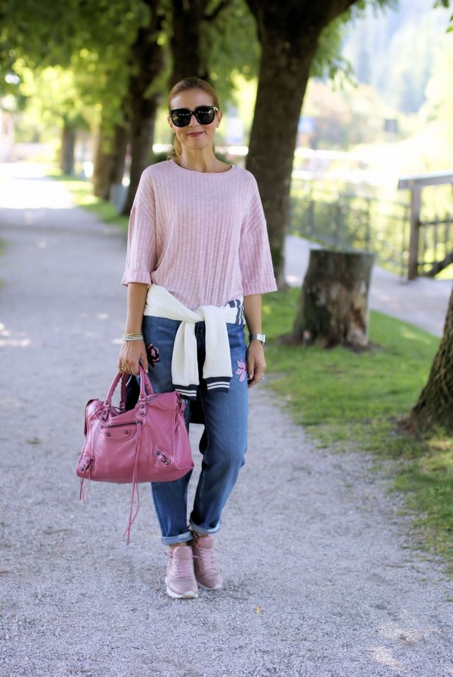 bd860c86c7 Casual street style: fashion blogger on holidays   Fashion and ...