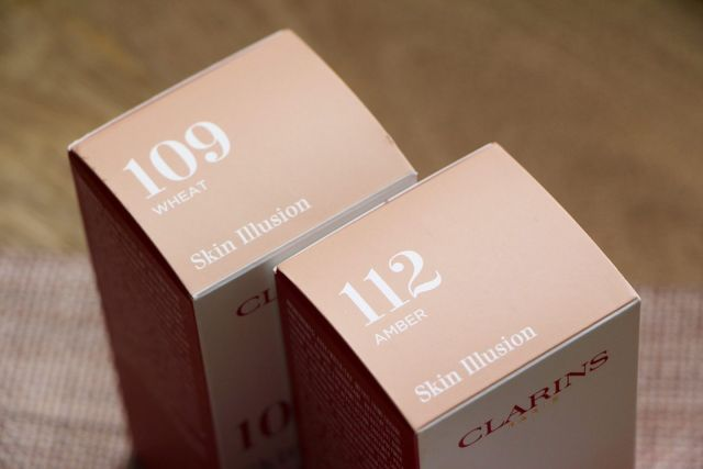 Skin Illusion by Clarins #20