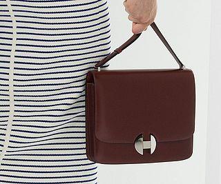 652000228379 Hermès Focuses on Its Newest Shoulder Bag on the Spring 2018 Runway ...