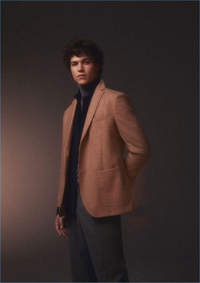 d3158069d9d Miles McMillan   Vincent LaCrocq Don Holiday Gift Ideas for Massimo Dutti