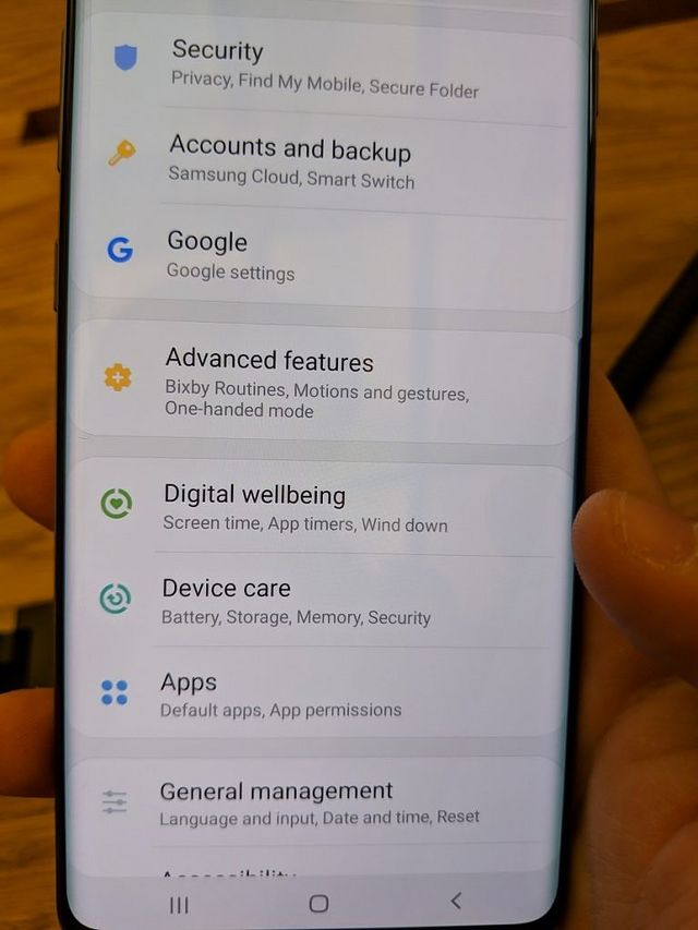 Bixby Button Remapping, Digital Wellbeing, Missing Hard