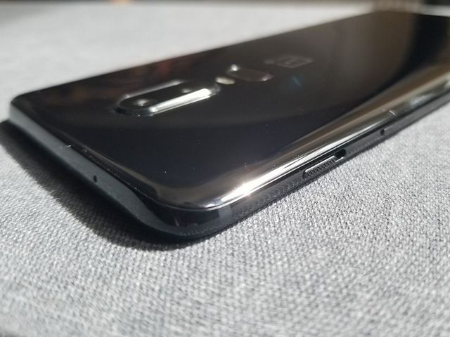 OnePlus 6 Hands-On: Redefined Speed and a Premium Design