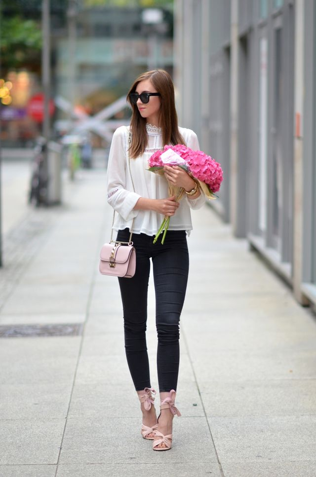 8841417af3a ... (here) Valentino bag (here) Celine sunglasses (similar) Marc Jacobs  watch (similar) Hermes bracelet (similar) SHOP MY LOOK     !function(d