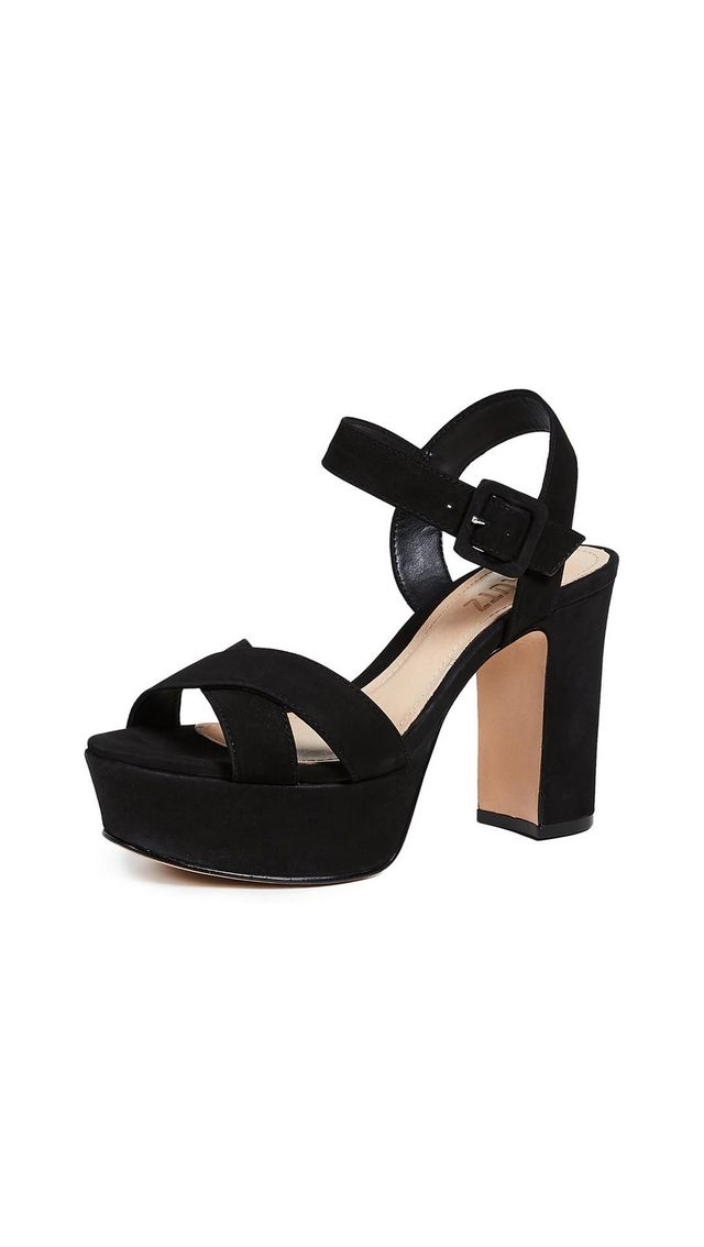 a2225ff18993e Sienna Miller Wore the Shoes Cool Girls Wear With Black Tights ...