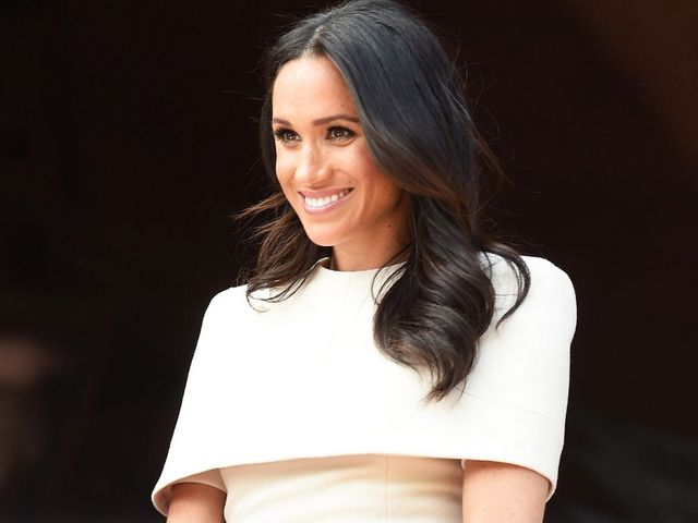 c41305f43210 Meghan Markle Wore the Chicest Version of Flip-Flops to Harry s Polo Match
