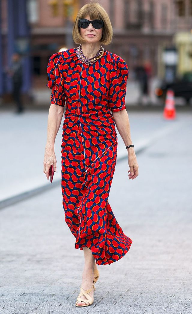 23f0f265 Anna Wintour's Power Triangle: The 3-Step Outfit She Has Worn All ...