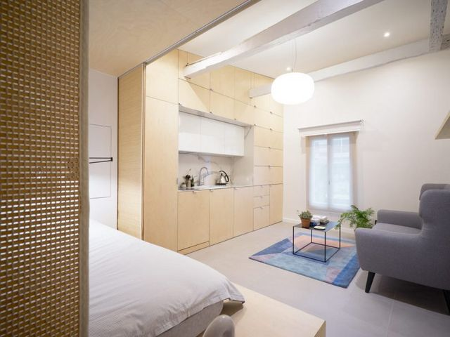 Urban Cocoon Is a Compact Apartment in Paris That Gets a Modern ...