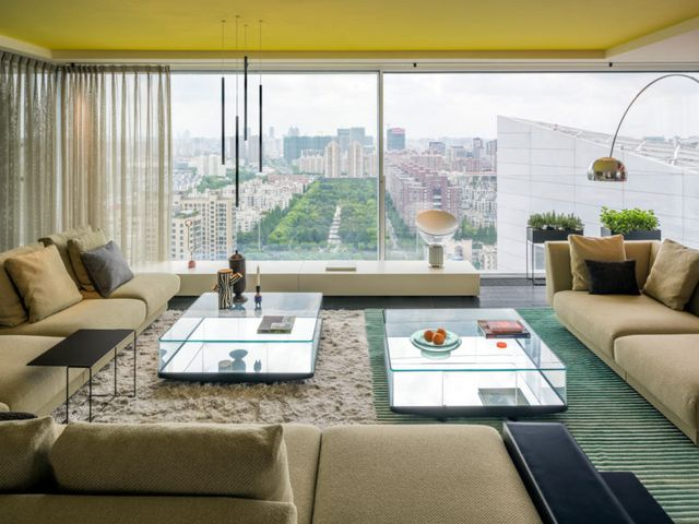 Designed By Ippolito Fleitz Group The Interior Boasts Vibrant Colors Rich Textures And Curvy Walls For An Energetic Yet Cozy Atmosphere Overlooking