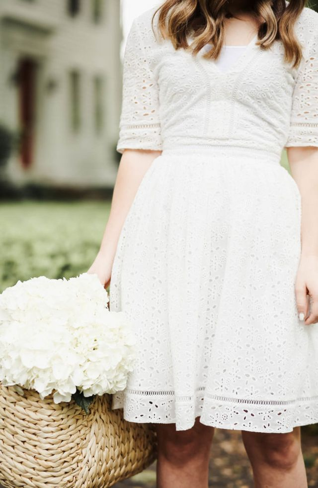 e657e670197a Eyelet has got to be my favorite fabric of all time for summer