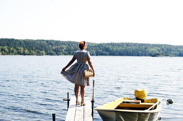 På lördagen i Strängnäs tog vi bilen till Laxne på vägen tillbaka till  Mariefred. Vi stannade till och njöt av vattnet en stund. 70168377f62fc