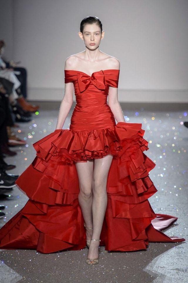 82d05f94dbe4 Giambattista Valli en la Alta Costura nos trae el vestido de red carpet con  el que todas soñamos